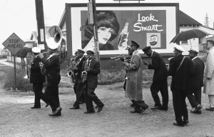 Lee Friedlander, Young Tuxedo Brass Band, New Orleans, 1959. Gelatin silver print. © Lee Friedlander, Courtesy Fraenkel Gallery, San Francisco. Photo and image details courtesy of Yale University Art Gallery.
