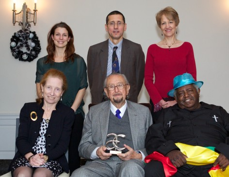 Top left to right: Kellie Ann Lynch, Peter Noble from Pequenas Ligas Hispanas de New Haven, Karyl Evans Bottom left to right: Barbara Pearce, Cesar Pelli, Winfred Rembert